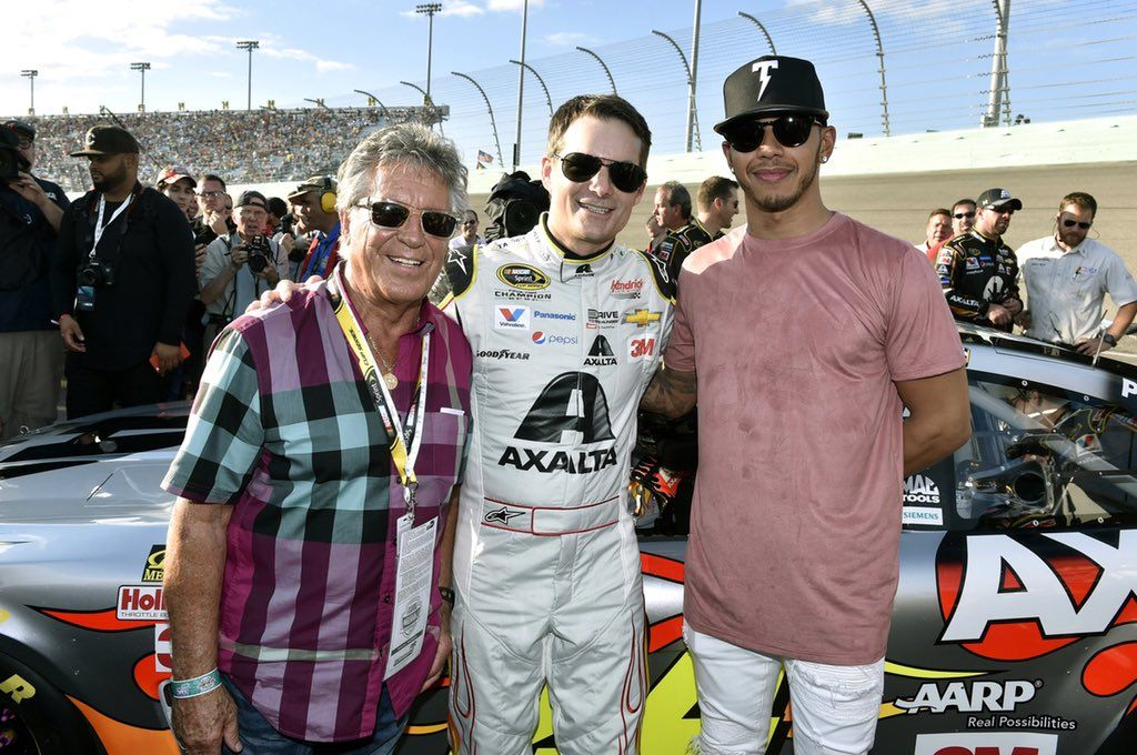 MarioAndretti & LewisHamilton showed their support for Jeff Gordon's final race.