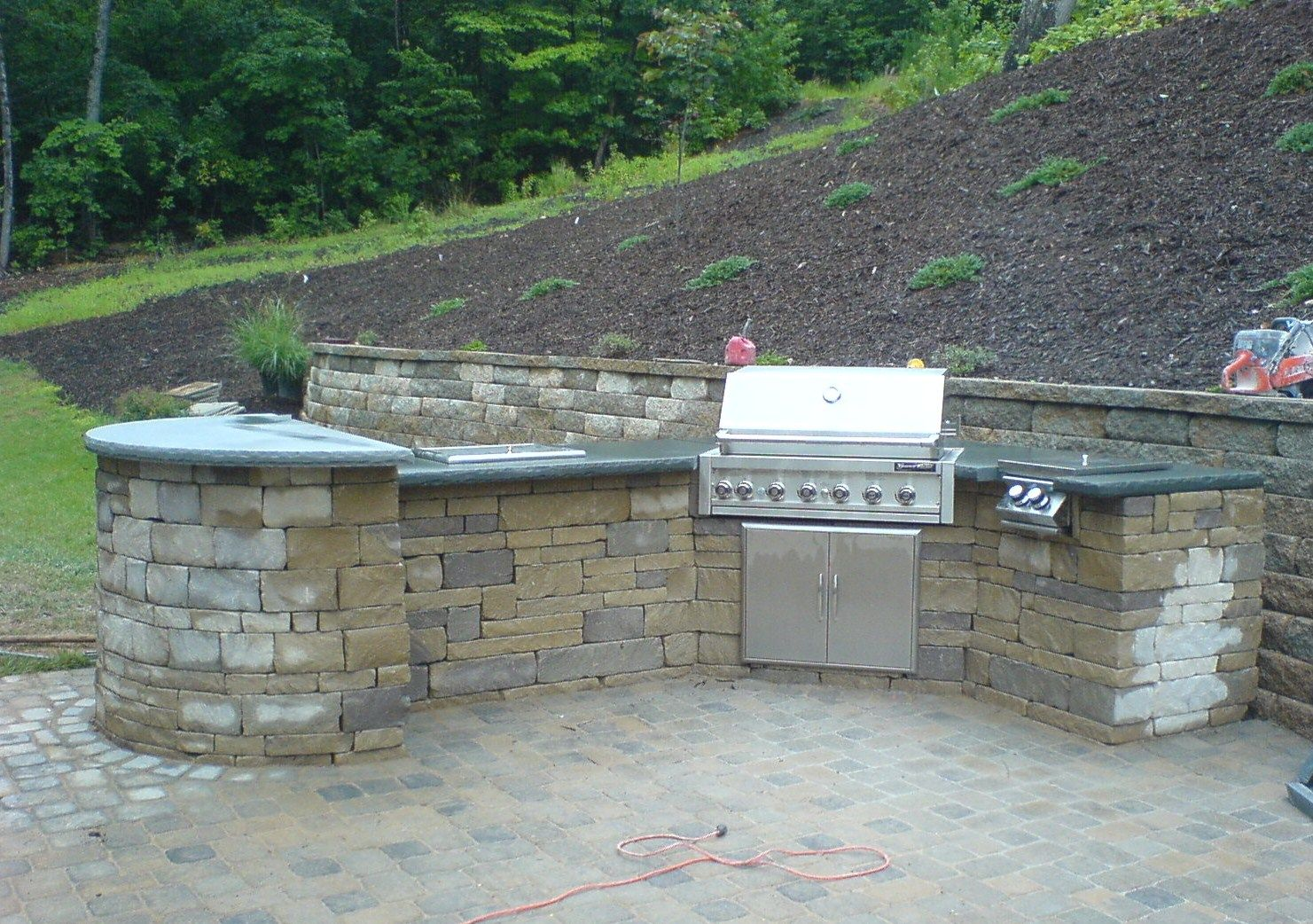 Outdoor Kitchens | Outdoor Kitchen With Paver Base And Blue Stone Counter