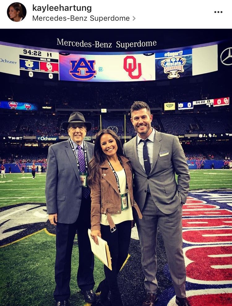 Kaylee Hartung. Professional wear, Work outfit, Sideline