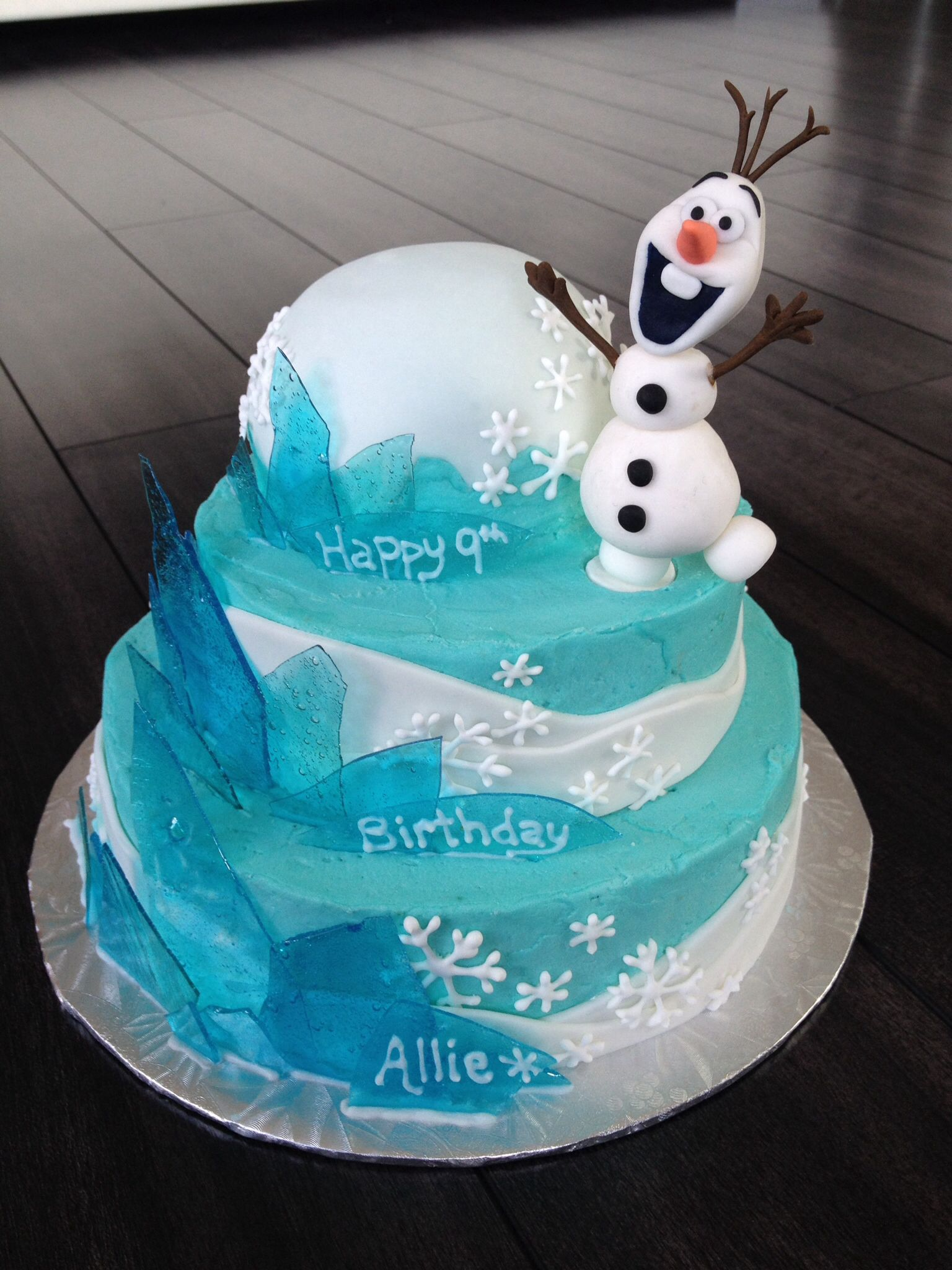 Disney frozen theme cake with olaf cake topper blue