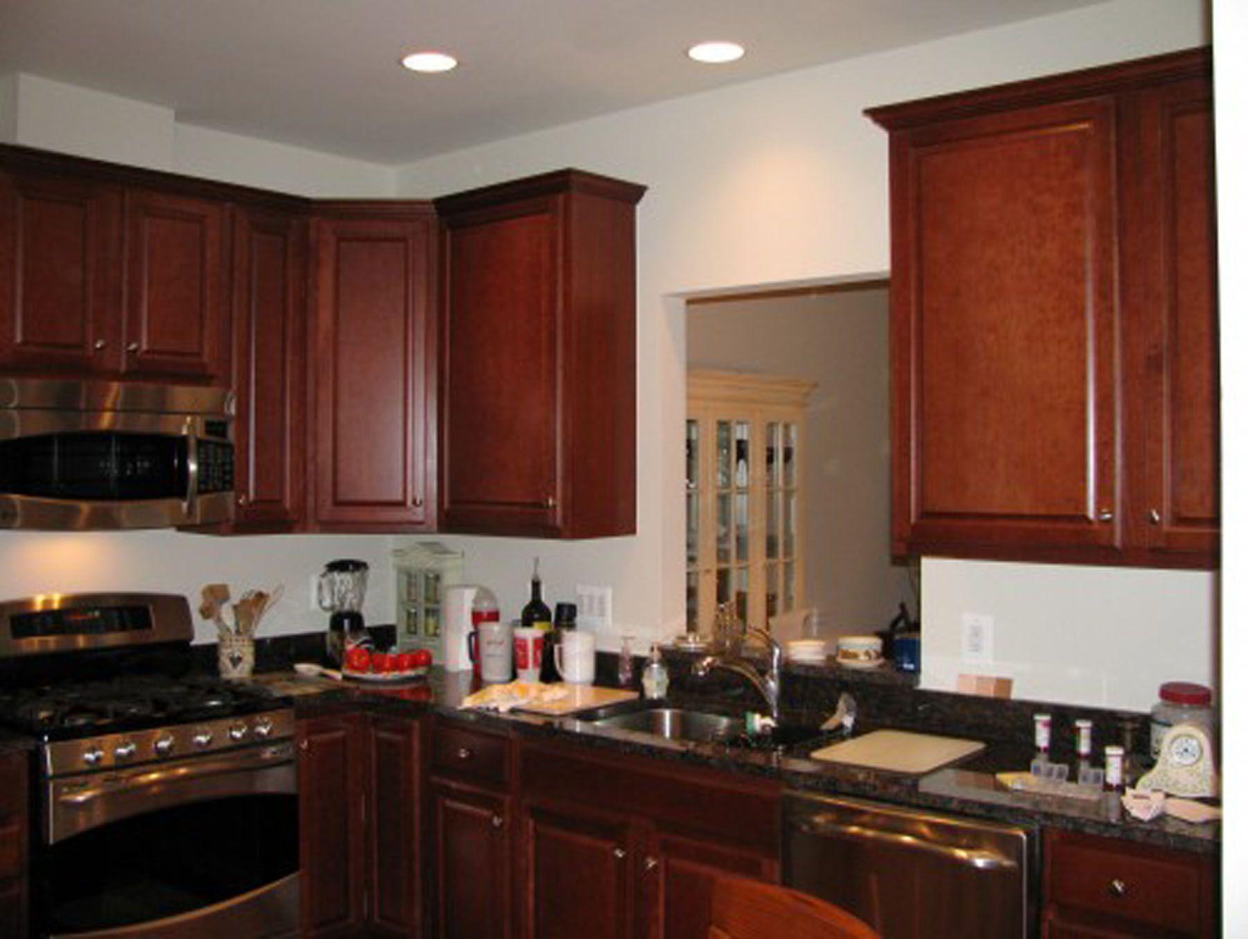 Küche Farben Mit Holz Schränke Küche schwarz