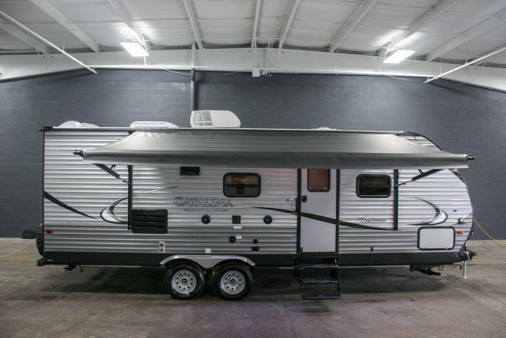 2 queen bedroom travel trailers for sale