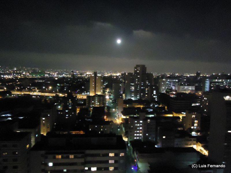 Vista noturna de SP