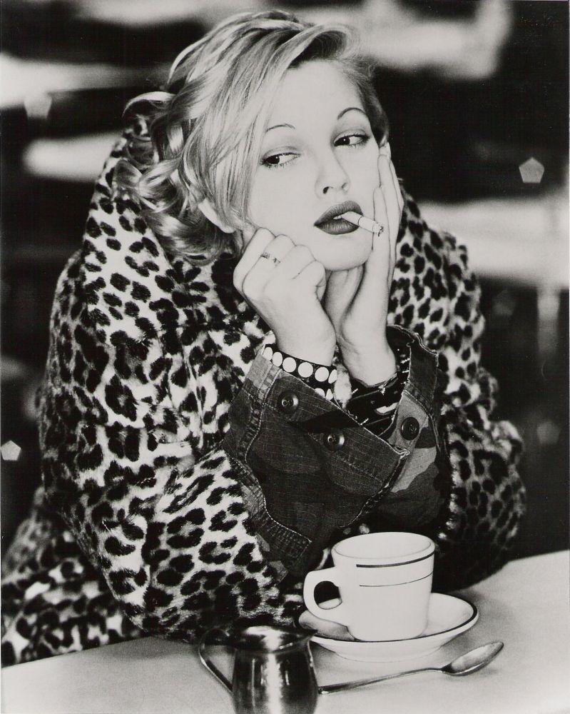 Coffee break erin duh s everything - Drew Barrymore Smoking And Drinking Coffee