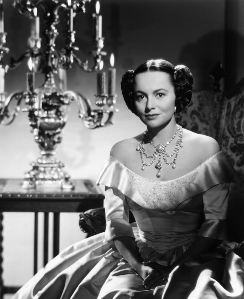 Olivia de Havilland (born 1916 (naturalized American citizen