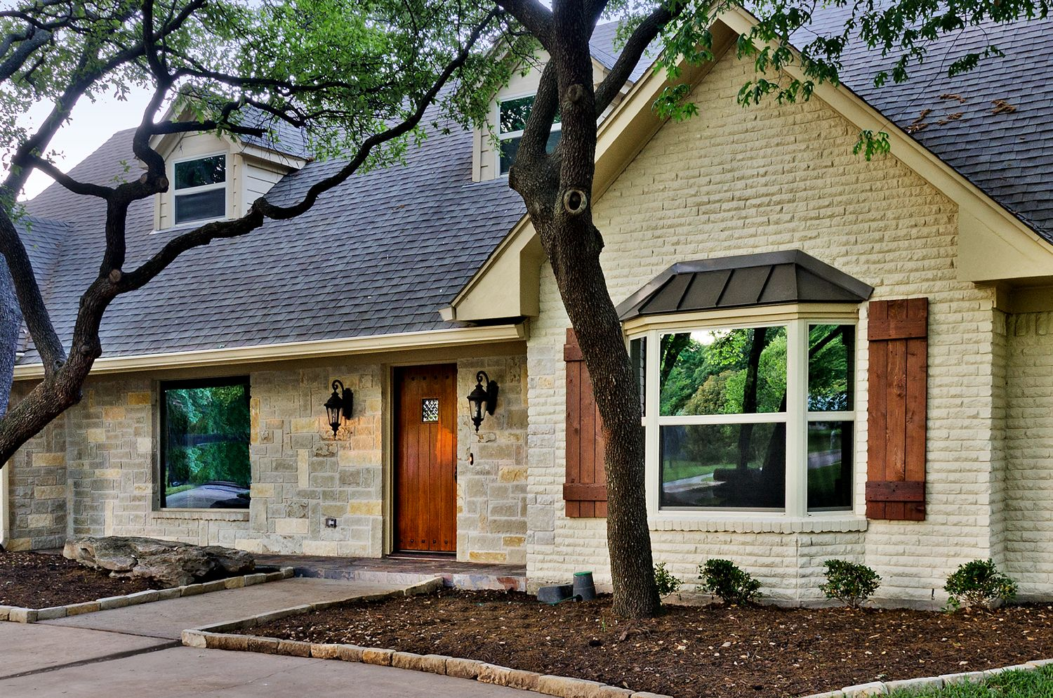 More than just another pretty face north dallas 1970 39 s for Face brick homes
