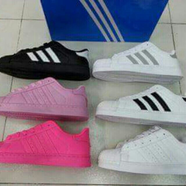 I'm selling ADIDAS SHOES for ₱850.00