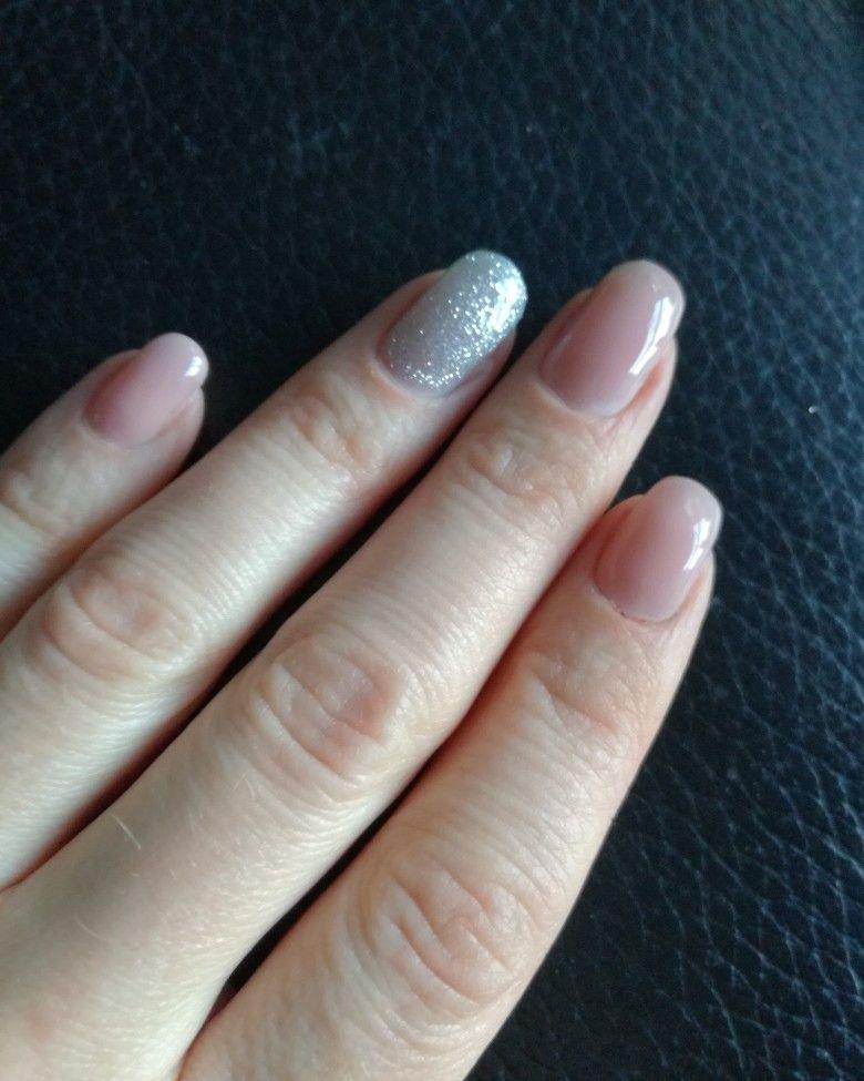 Deze manier om je nagels te lakken gaat viral op TikTok