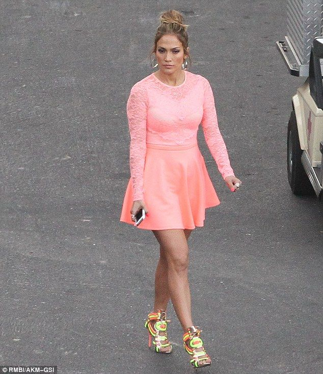 Jennifer Lopez puts on a long and leggy show in thigh-skimming dress ...