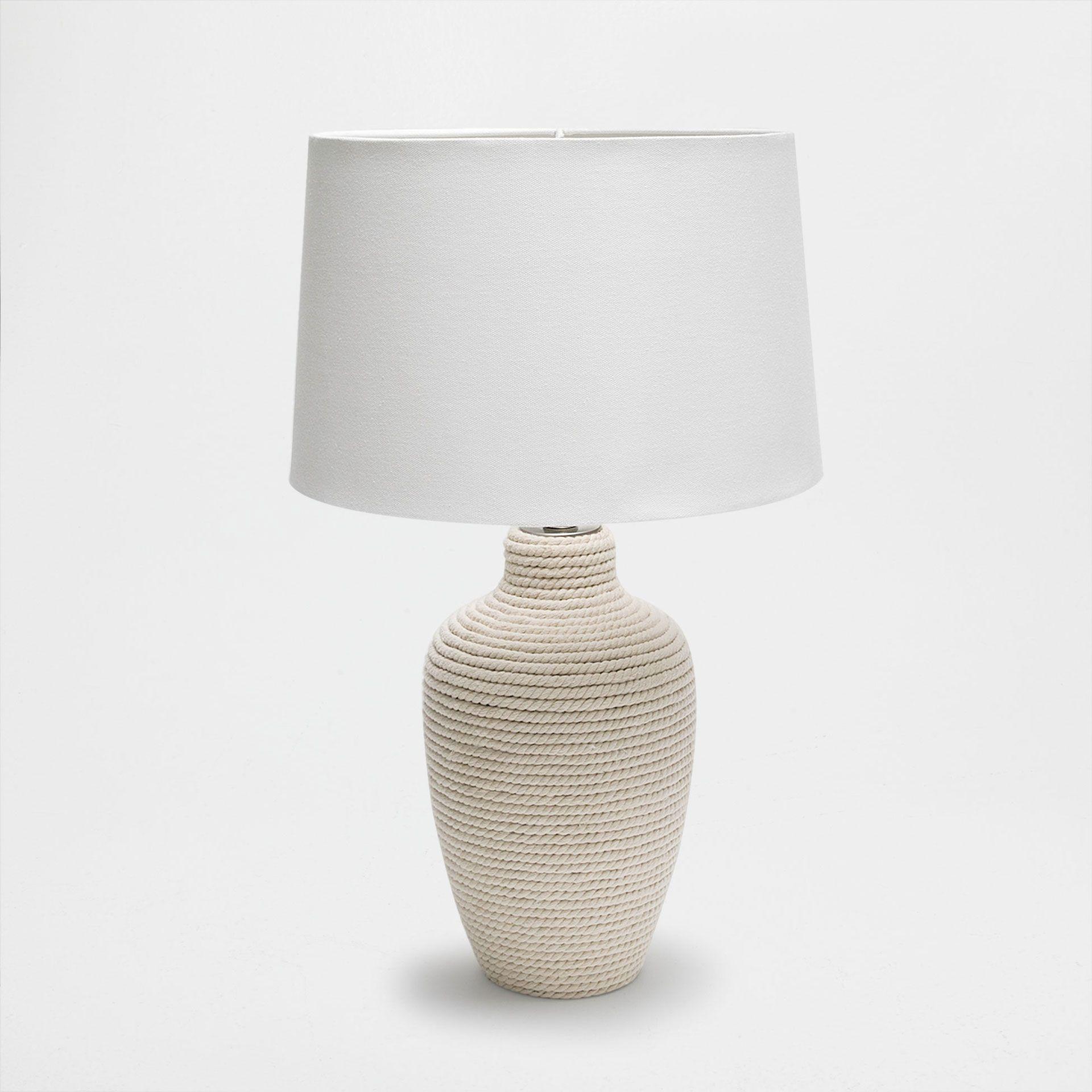 Vyobrazeni 1 Produktu Lampa Na Podstavci S Provazovym Vzhledem