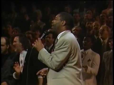 Lift Him Up Worship The Lord Can T Stop Praising Ron Kenoly