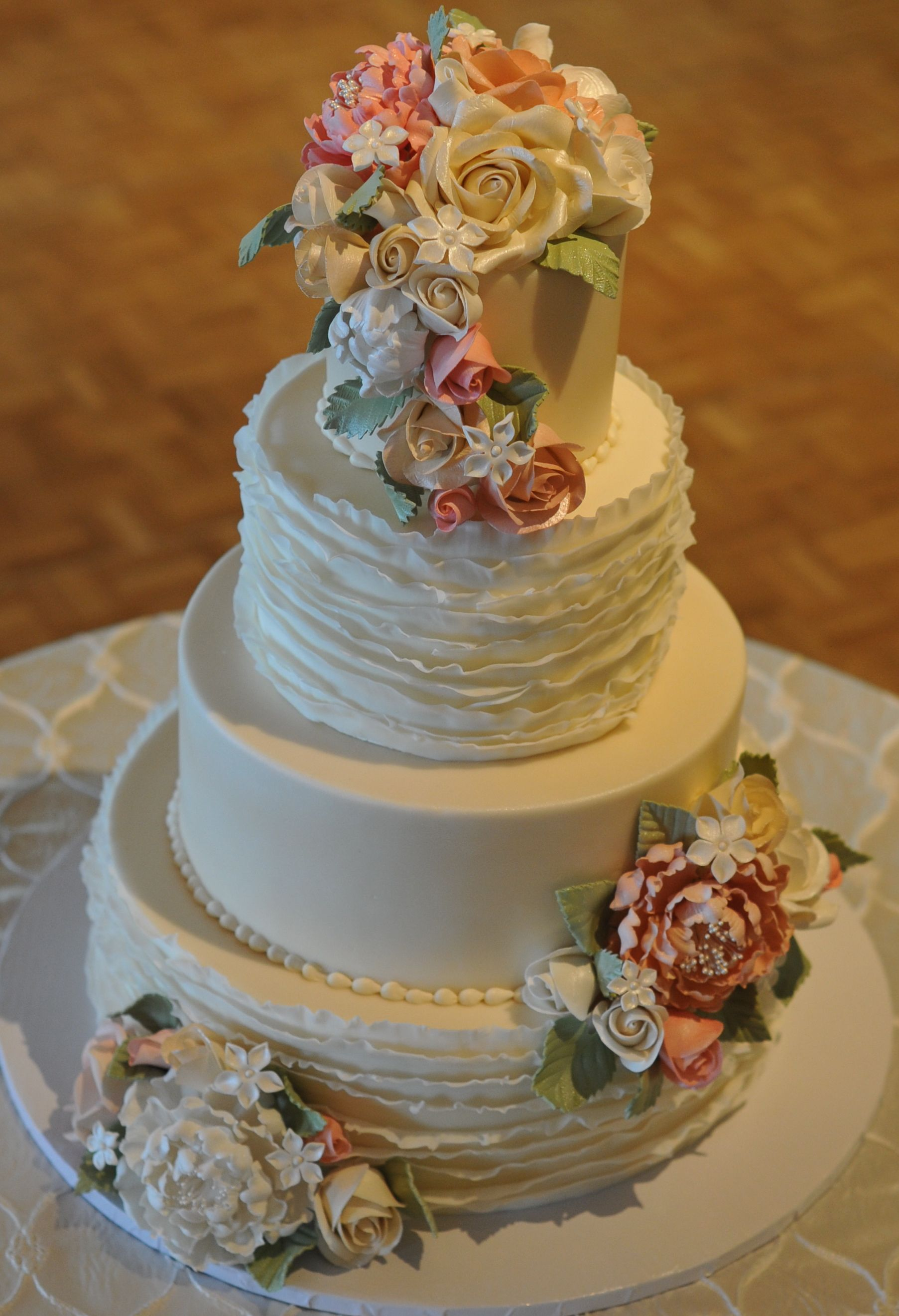 Frill with sugar flowers