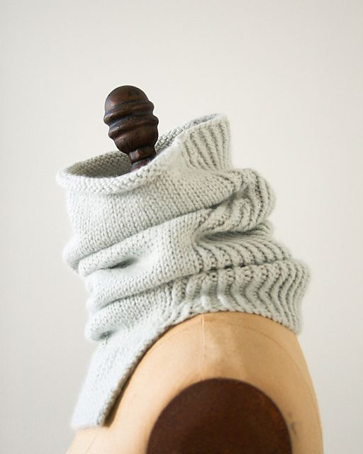 Ravelry: Structured Alpaca Cowl pattern by Purl Soho   Knitting ...
