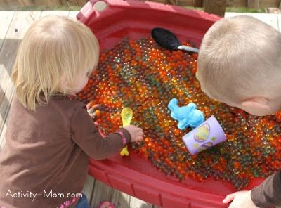 The Activity Mom: Water Beads