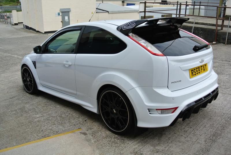 Uk Detailers Valeters Car Valeting Forum Detailing Forum View Topic Ford Focus Rs With Ceramishield Profess Carros Desportivos Carros Rebaixados Carros