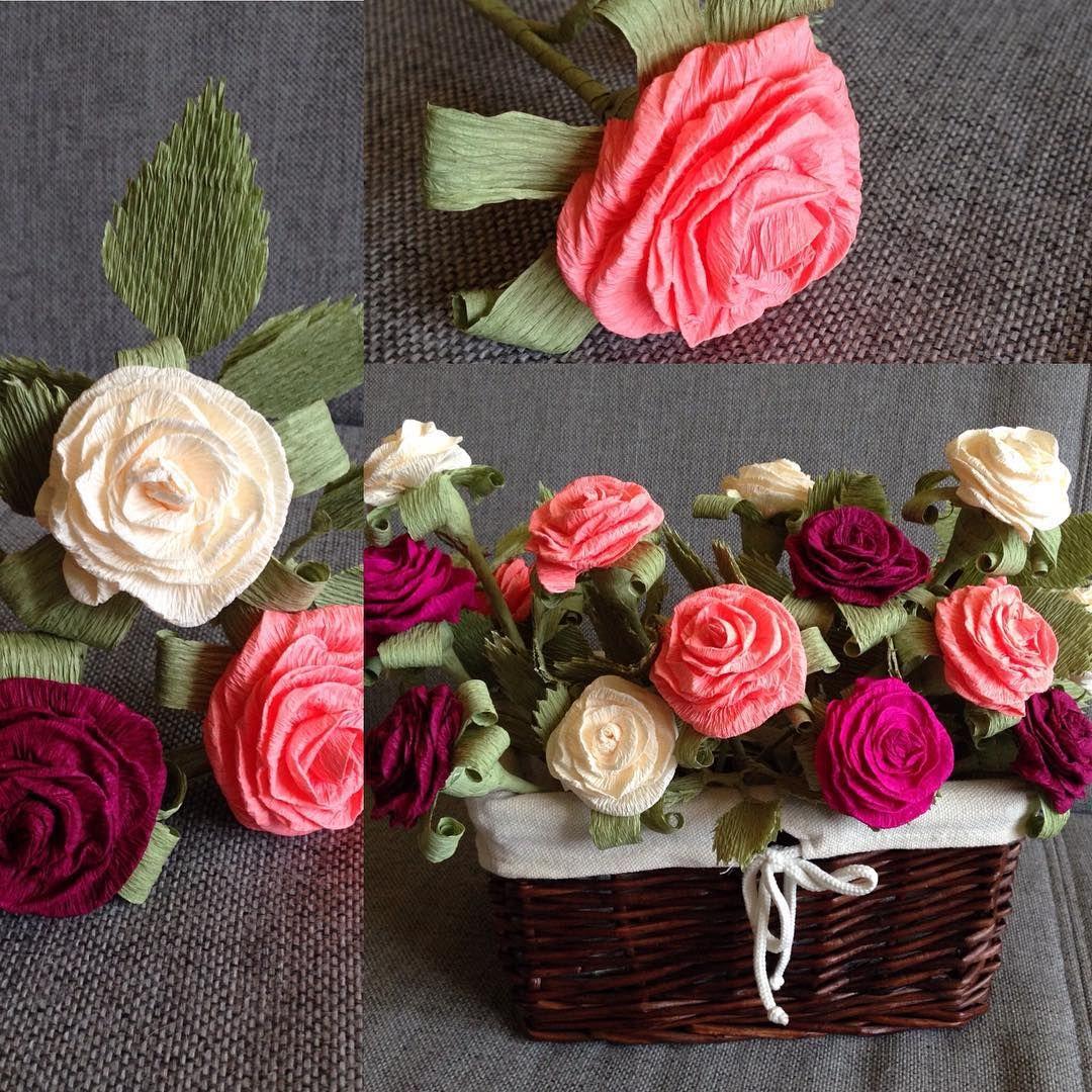 Monika Putz On Instagram Rozyczki Z Krepiny Robotkireczne Krepina Rozazkrepiny Roze Ozdoby Handmade Table Decorations Decor Flowers