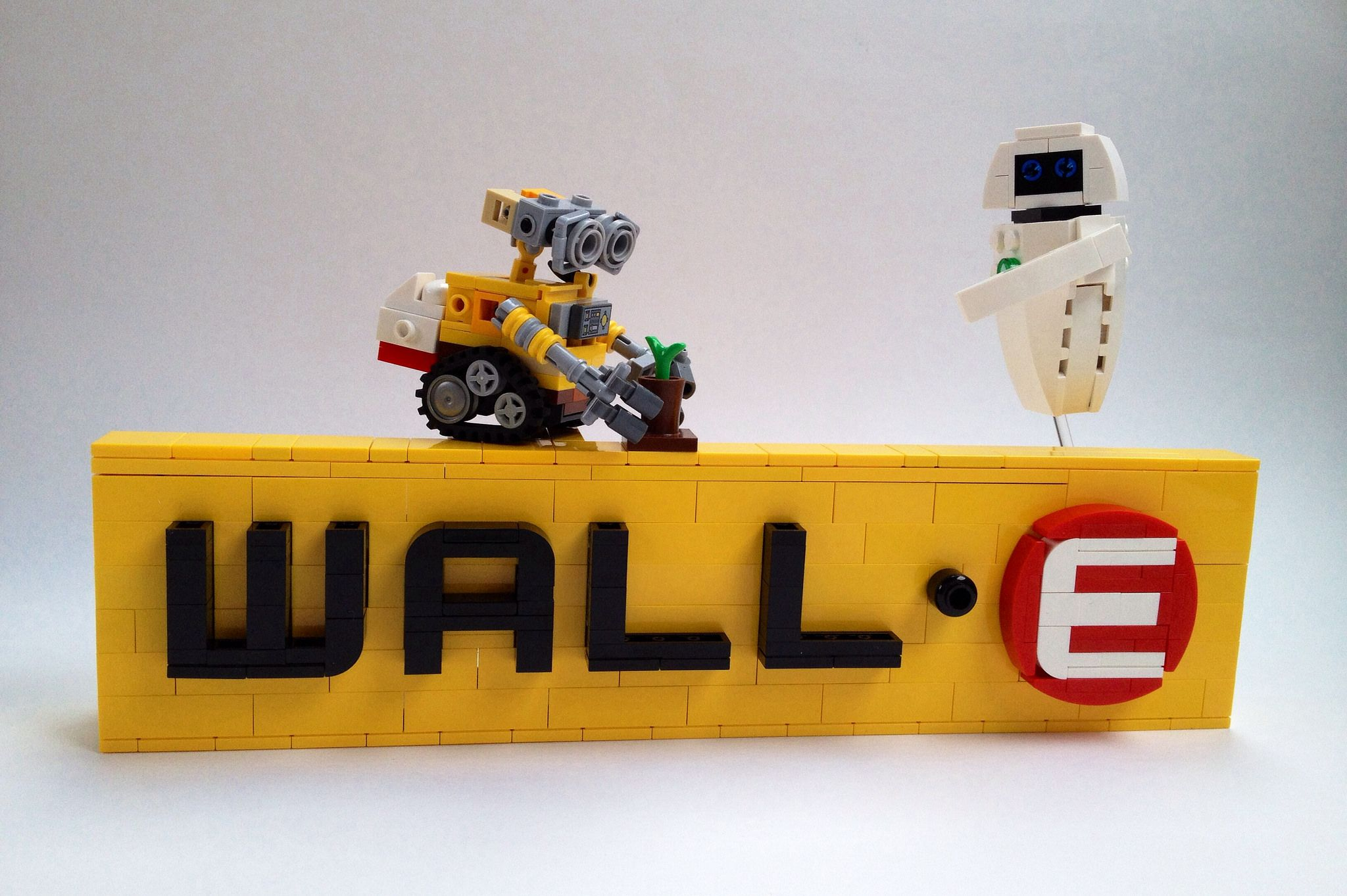 WALL-E Logo   Pinterest   Lego ideas, Lego and Lego creations