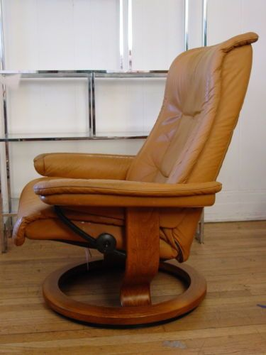 Classic Ekornes Brown Leather Chair Recliner Stressless