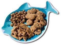 Yummy Pet Treat Recipes - Be Healthy - Grand Rapids Press - Kitty Tuna Triangles, Holy Mackerel! Cat Treats, Healthy Dog Snacks, and more.