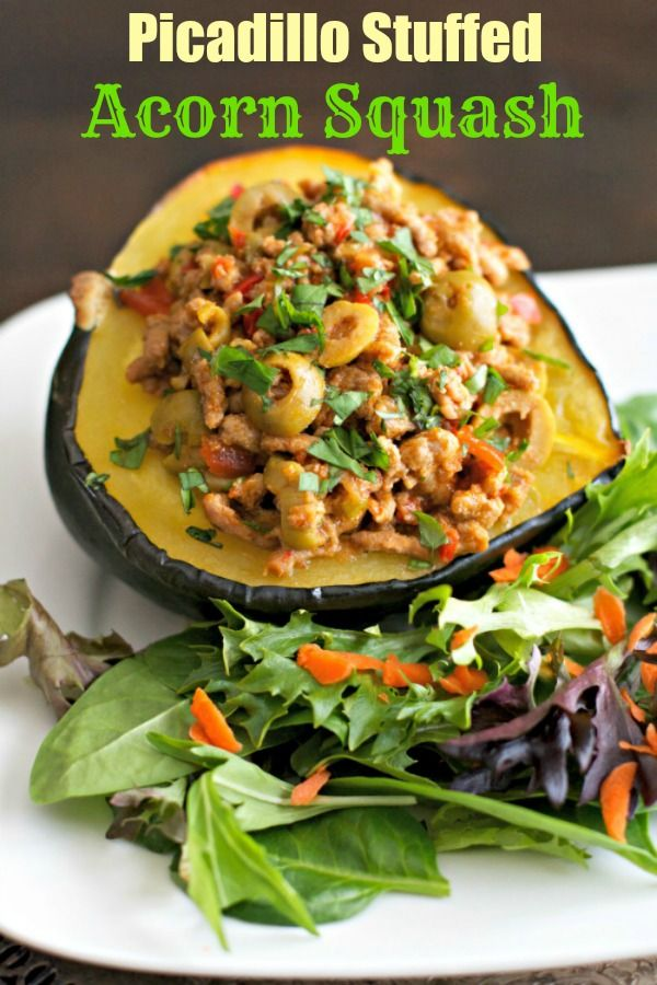Picadillo Stuffed Acorn Squash - #Healthy, #grain-free, and low carb, makes this dish an easy, tasty option for #lunch or #dinner!