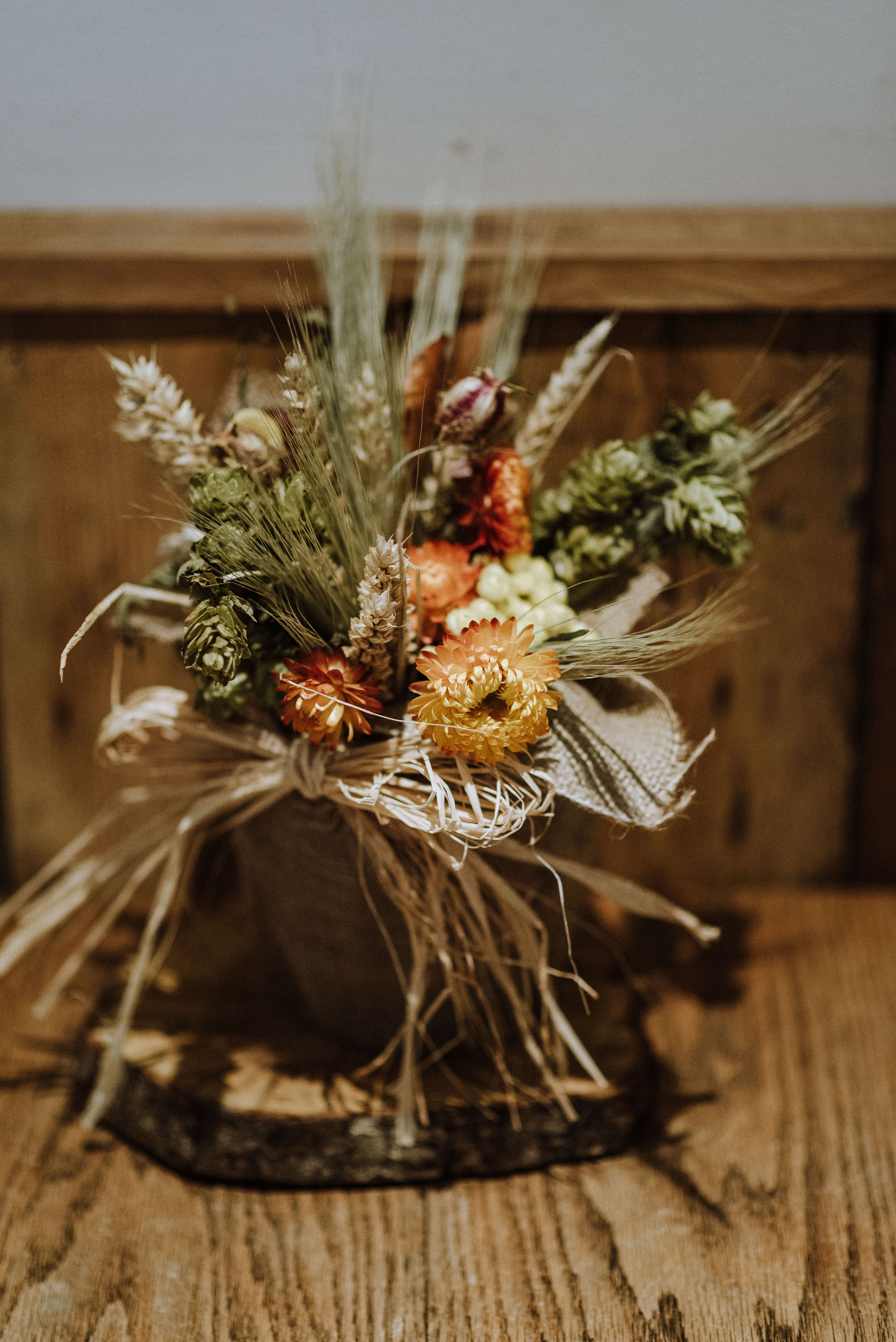 Autumn Dried Flower Table Arrangement With Thanks To Nick Walker Photography Table Flowers Dried Flowers Table Arrangements