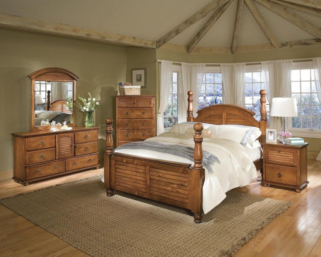 Amazing Pine Bedroom Furniture Sets With Green Painted Wall And Laminate Wood Flooring Pine Bedroom Bedroom Wall Colors Bedroom Furniture Sets