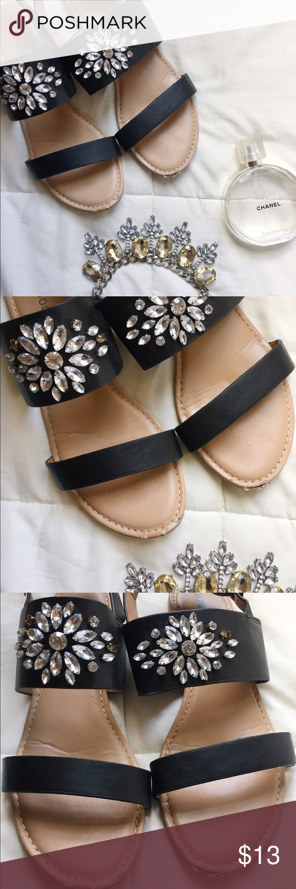 Jeweled Sandals 🎀 All wear is shown in picture, super comfy and perfect touch to any outfit!! Shoes says size 9 but best fits an 8 bamboo Shoes Sandals