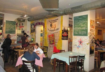 Il Ritrovo Pizzeria - Friedrichshain Hotspots Berlin Pinterest - cafe design entspannter atmosphare