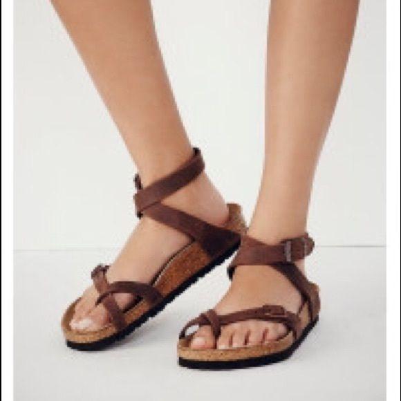 *1HR FLASH SALE* Birkenstock Yara sandals 38 8