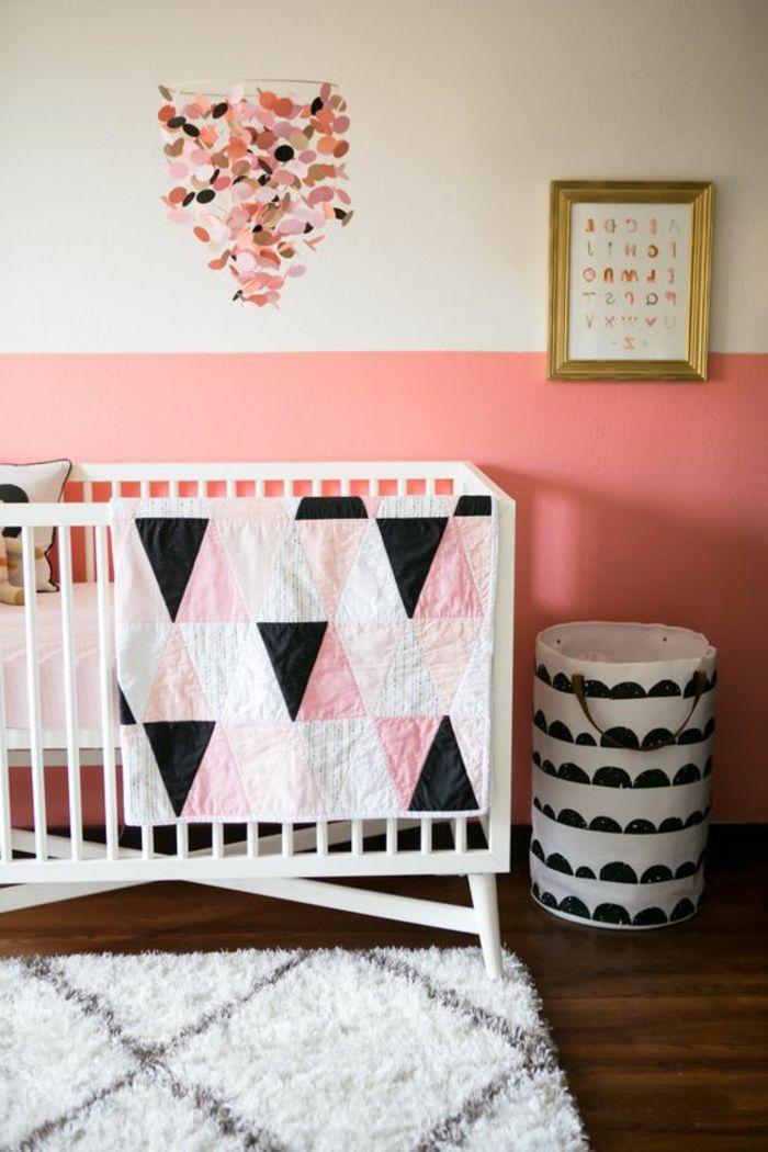 Kinderzimmer Idee Weißes Bett Design In Schwarz Rosa Bett Für Kleines Baby  Mädchen Deko Bild Goldene