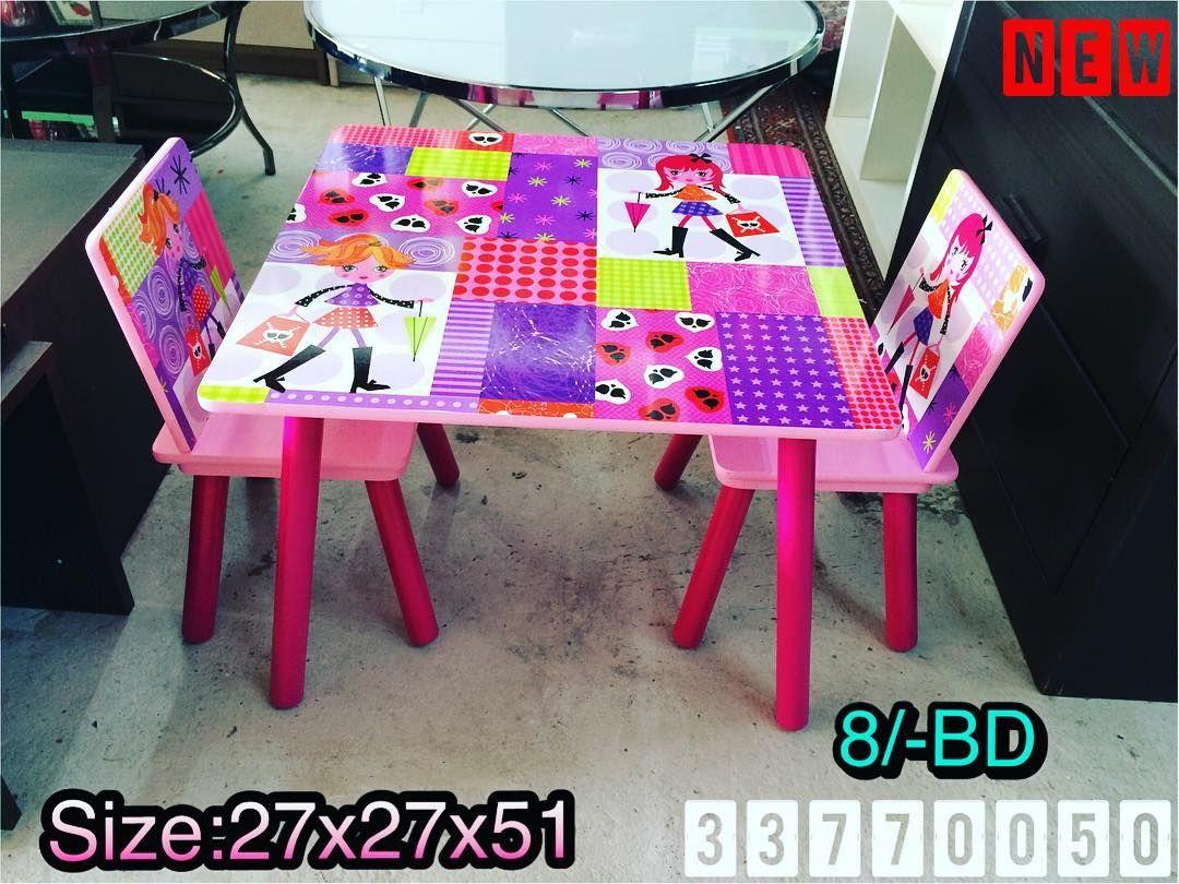 For Sale Princess Kids Table Set Size 27x27x51 Pink Color New Price 8 Bd للبيع طاولة أطفال بناتي لون وردي Picnic Blanket Outdoor Blanket Blanket