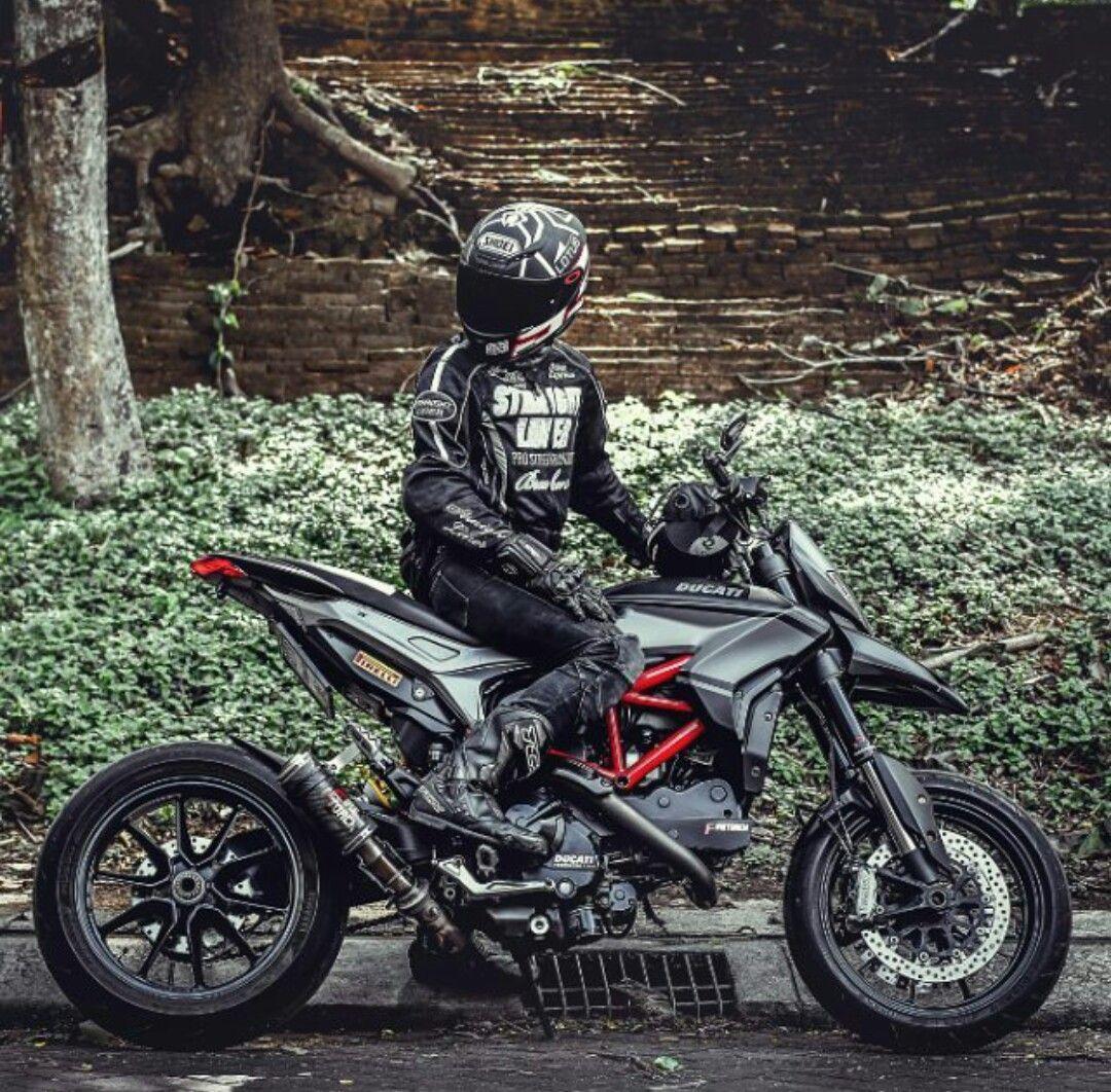 Ducati Hypermotard Black Sport Ducati Hypermotard