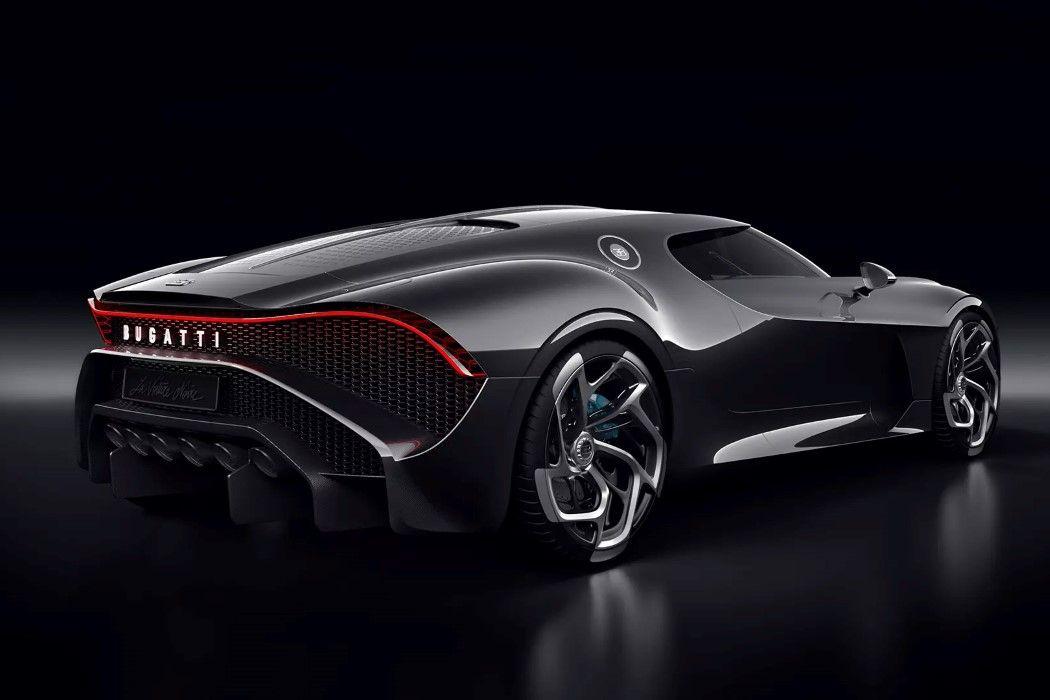 Bugatti S 110th Anniversary Car Is Ferociously Futuristic Yanko Design Bugatti Cars Sports Car Sports Cars Bugatti
