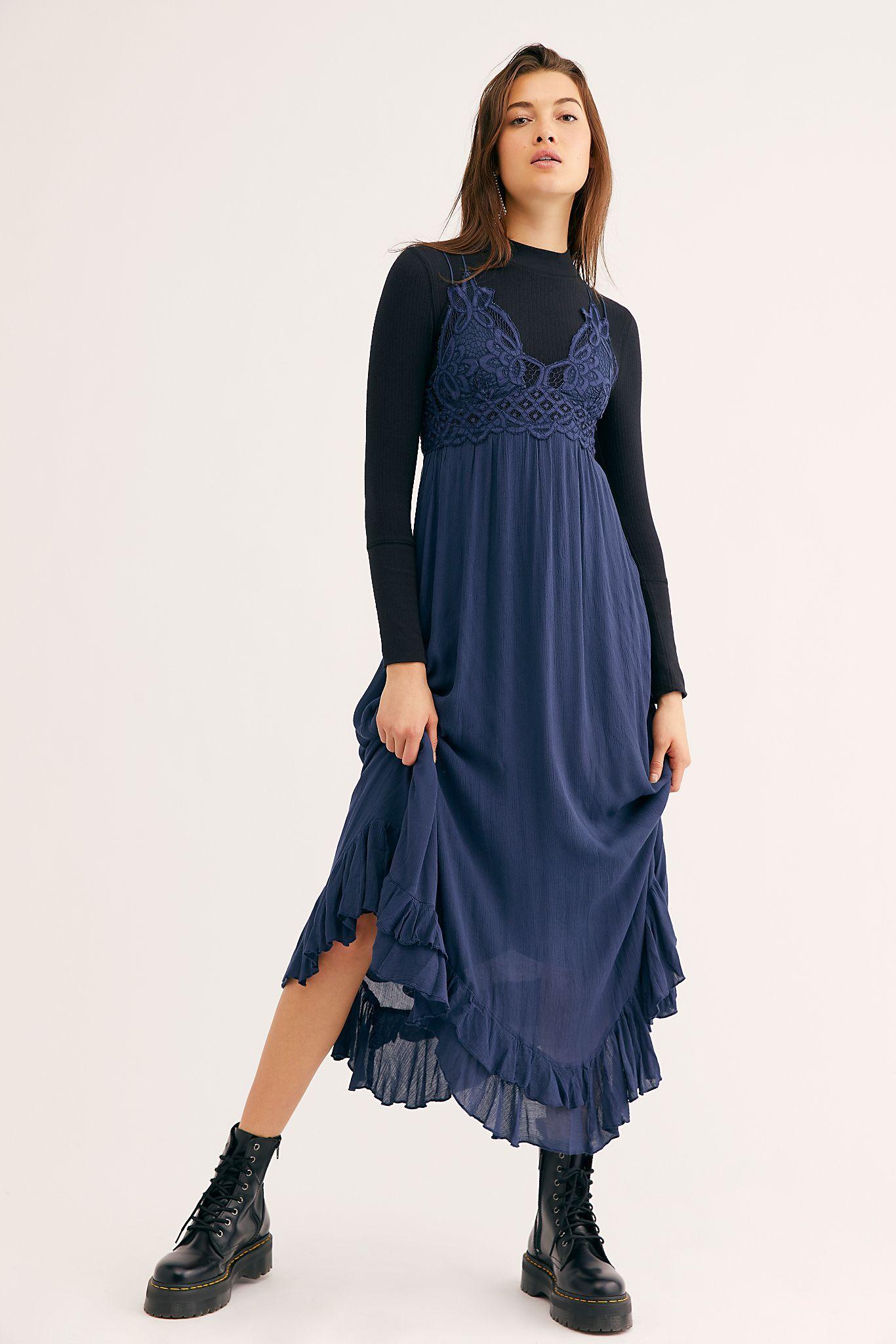 Santa Maria Maxi Dress In 2020 Maxi Dress Maxi Dress Navy Midnight Blue [ 2049 x 1366 Pixel ]