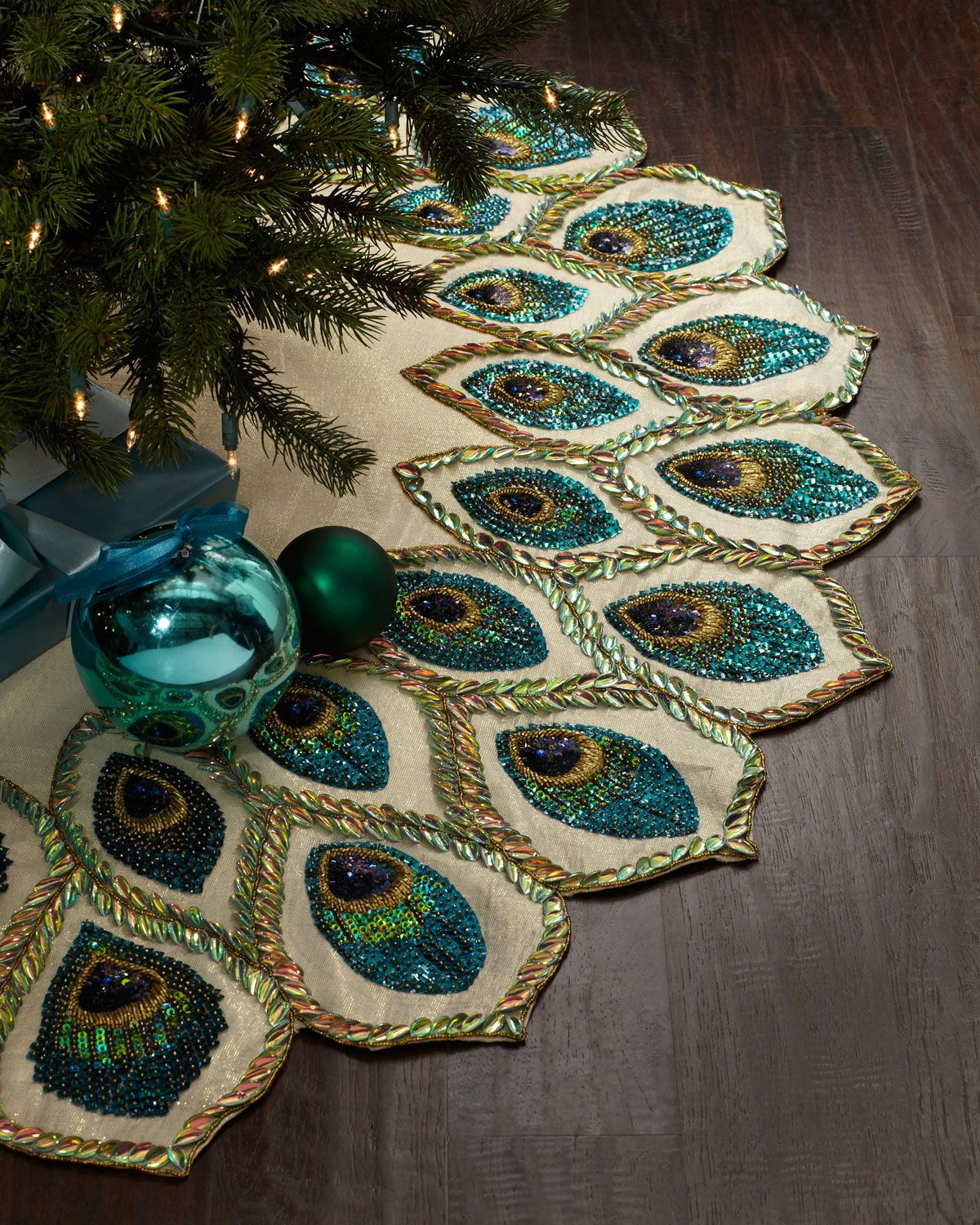Penguin Christmas Tree Skirt