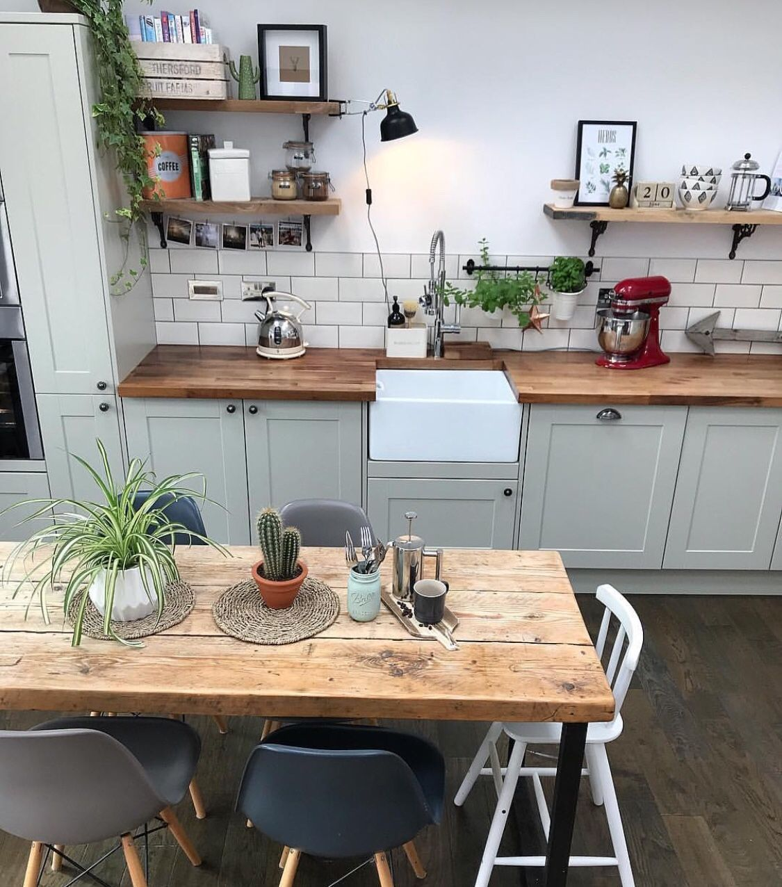 Elegant fireplace makeover for farmhouse home decor new blog post up kitchendecorretro also simple kitchen decoration in small house open shelves rh pinterest