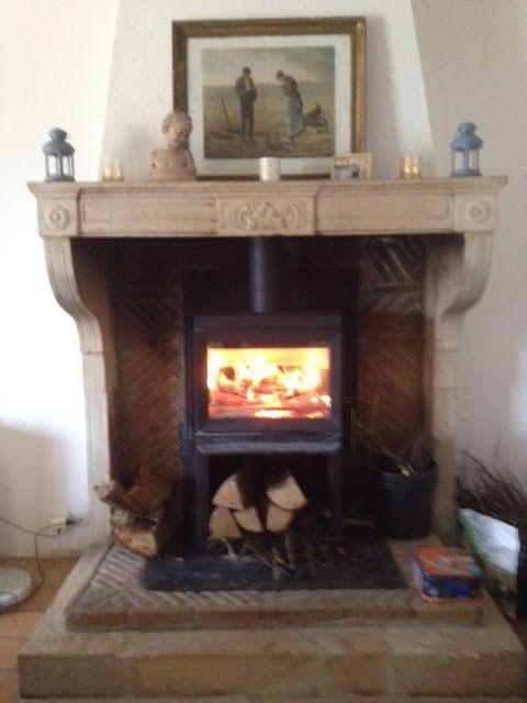 Mise en feu d'un Poêle à bois JOTUL F520 installé chez notre client à Chazay ...