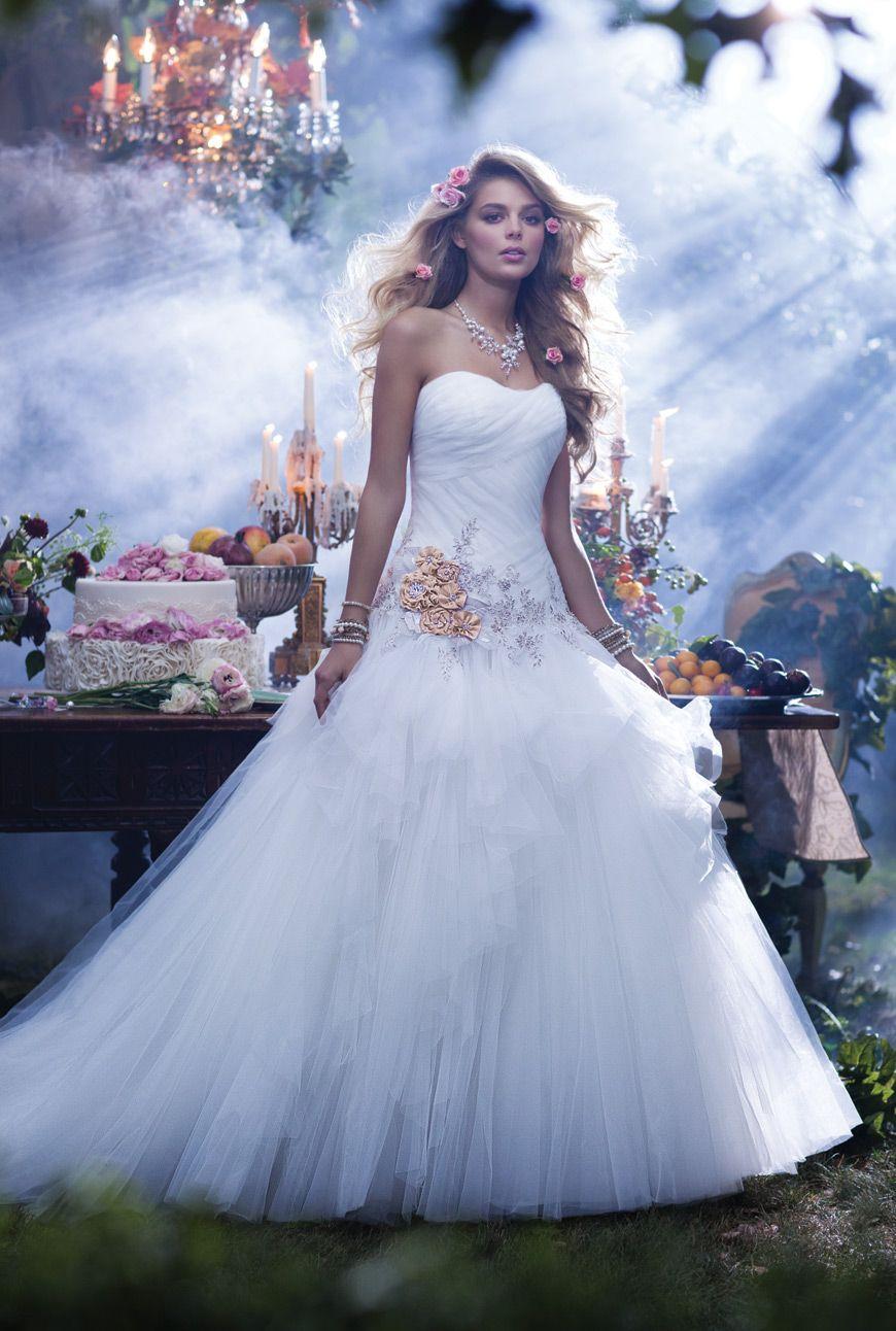 Alfred Angelo Sleeping Beauty Fairy Tale Wedding Dress Disney Princess Wedding Dresses Sleeping Beauty Wedding [ 1292 x 870 Pixel ]