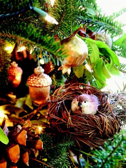 Natural Christmas Tree Decorations Ideas.Christmas Tree Decorating Ideas Our First Christmas
