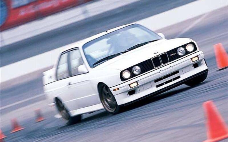 BMW E30 M3 at the track   Bmw e30 m3, Bmw e30, Bmw