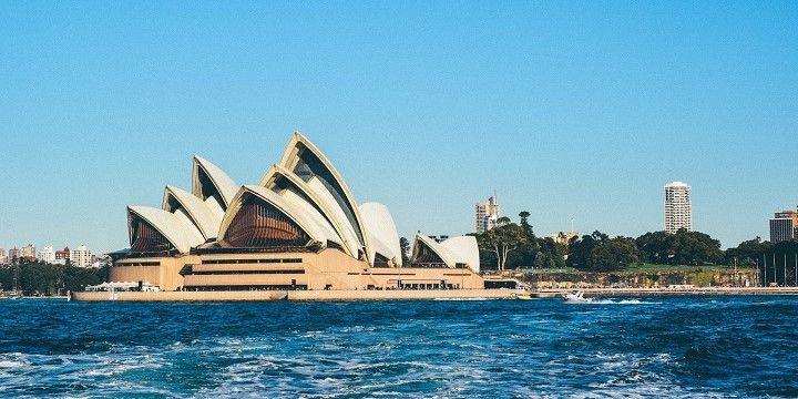 Sydney Opera House, Sydney, New South Wales, Southeastern Australia, Australia, Oceania