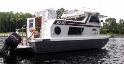 a clean rebuilt steury houseboat my wife and i are moving to north rh pinterest com