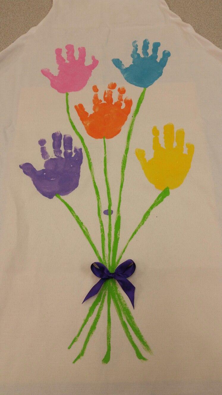 Mother\'s day aprons, handprint flower bouquet | Grandma | Pinterest ...