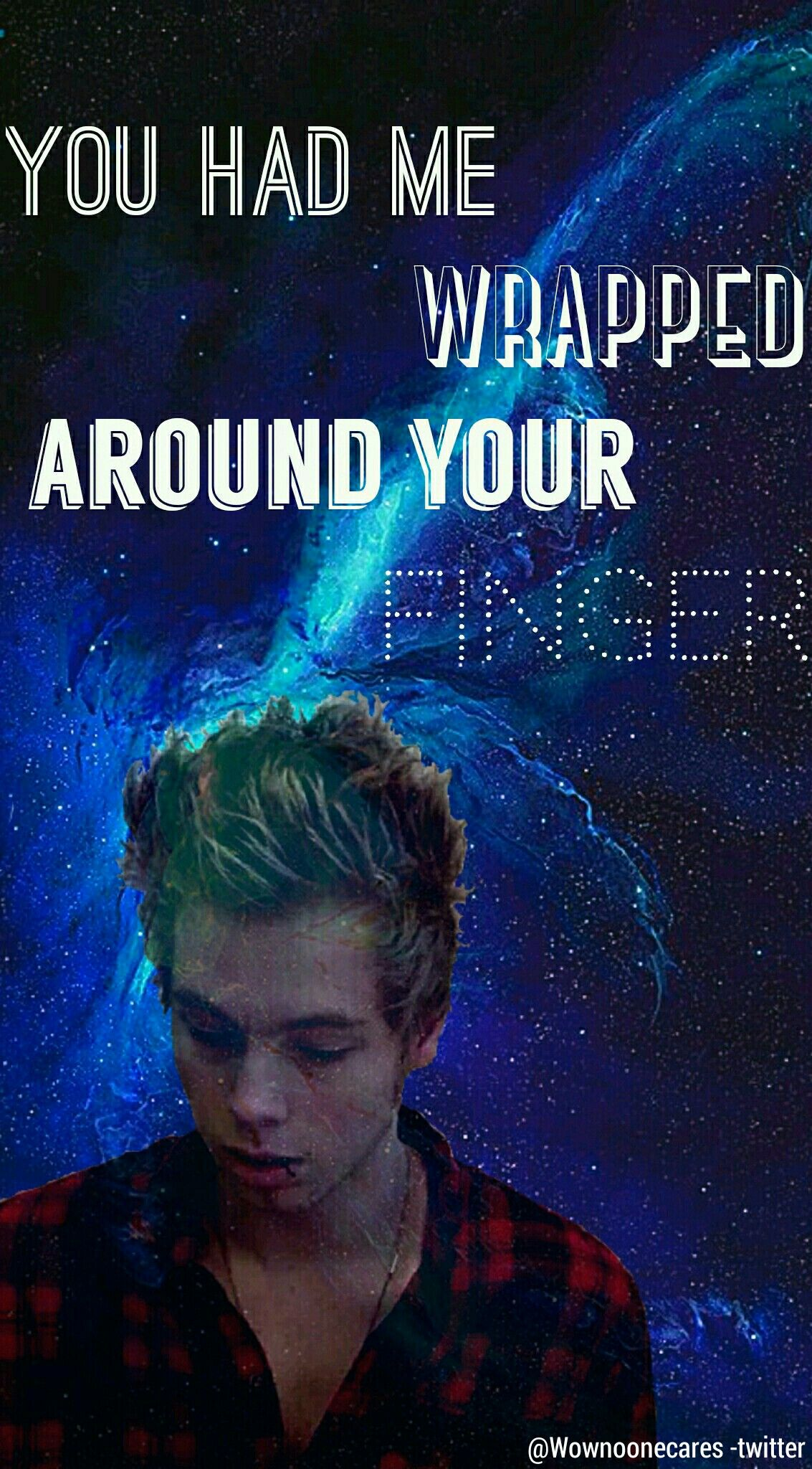 5 seconds of summer wallpaper // Wrapped around your finger