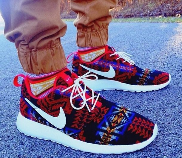 "Custom Roshe Run ""Pendleton</p>                     </div> 		  <!--bof Product URL --> 										<!--eof Product URL --> 					<!--bof Quantity Discounts table --> 											<!--eof Quantity Discounts table --> 				</div> 				                       			</dd> 						<dt class="