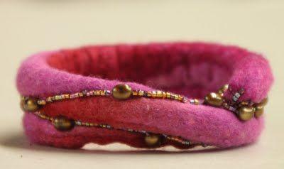 Arlenesfelt felted bracelet with beading