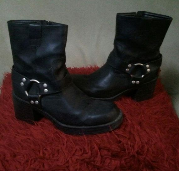 90s O ring biker goth boots industrial punk cyber pastel goth nu grunge vintage 7 dollskill