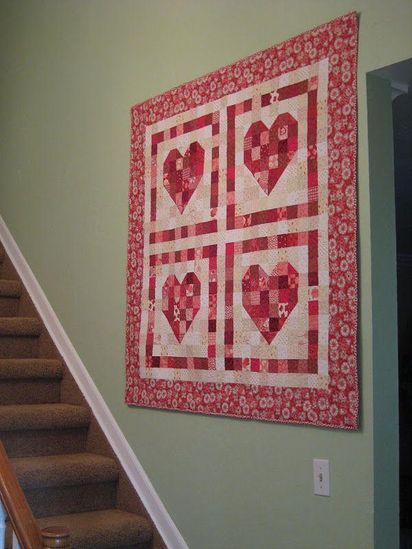 Heart Quilt. Get FREE quilt patterns now. http://onlinequiltingclassesmembership.ning.com ...