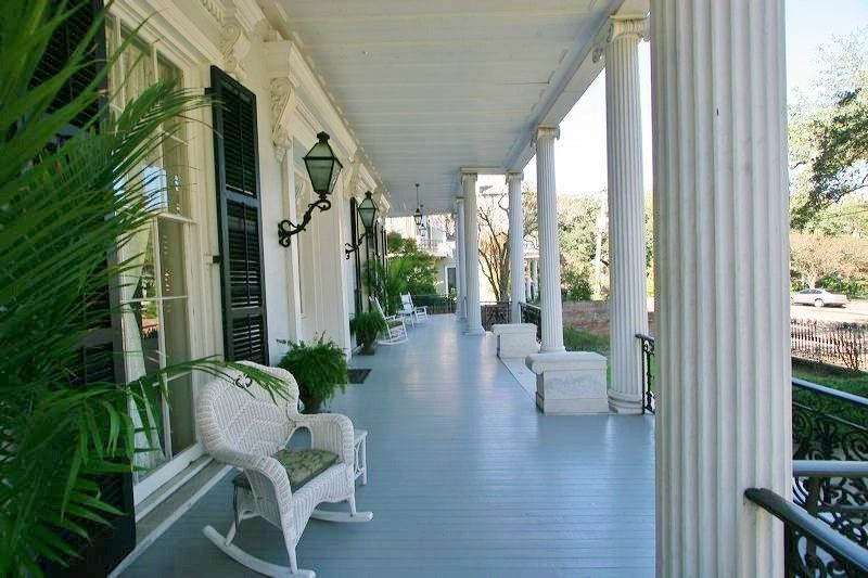 The New Orleans Mansion From Quot Ahs Coven Quot Historic Mansions Houses Etc New Orleans