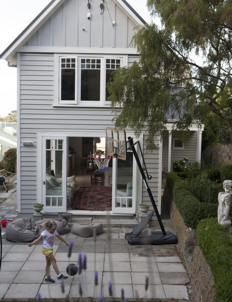 In Wellington A 1900s Heritage Home Is Full Of Light Life